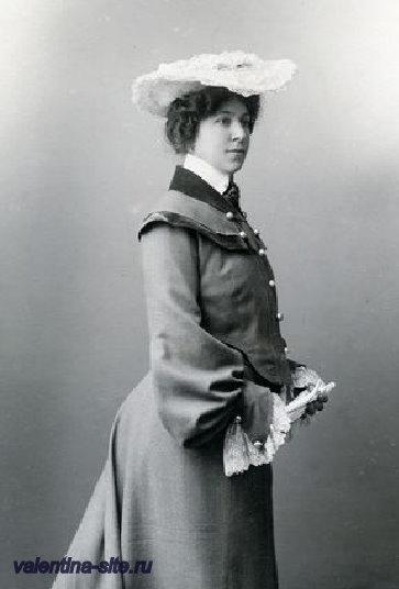 Анна Яковлевна Фидлер, жена Коровина. 1900-е
