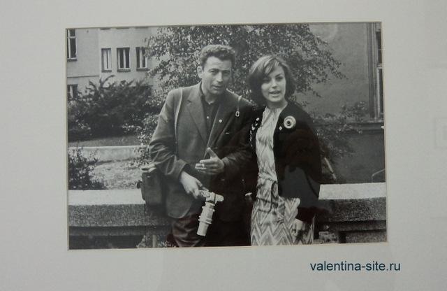 Лев Бородулин и мисс Фестиваля молодежи и студентов Надя Чернявская (США). Хельсинки, 1962