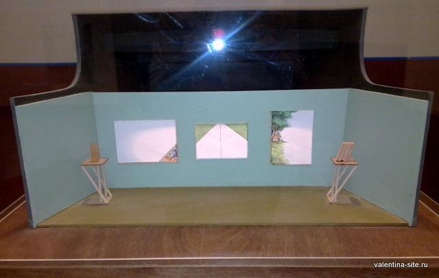 Илья Кабаков. Выставка белых картин. Модель 2005