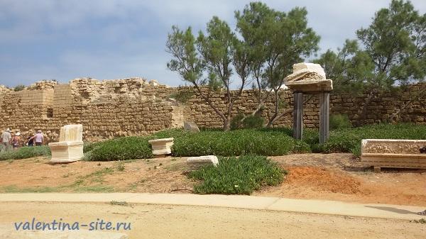 Израиль. Кейсария, территория римского театра
