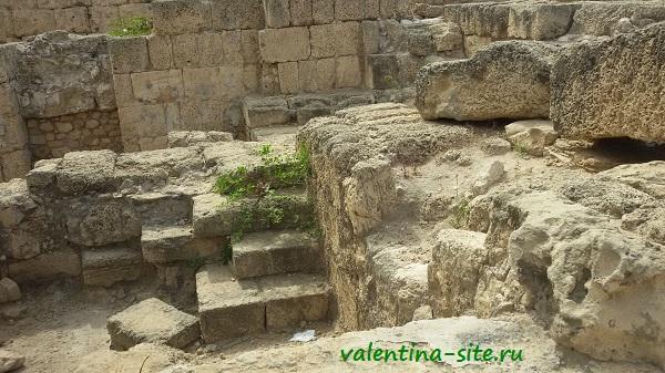 Кейсария, римский театр, раскопки