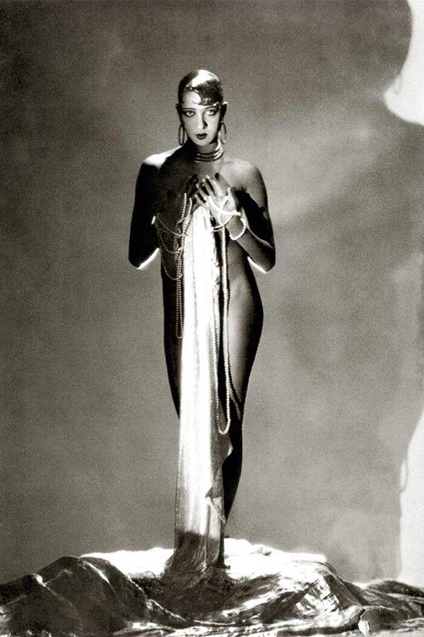 Жозефина Бейкер. 1934. Vogue USA