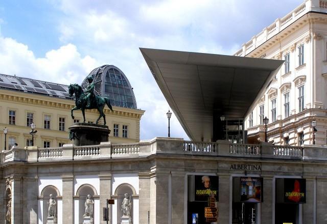 Дворец эрцгерцога Альбрехта – Альбертина (Palais Erzherzog Albrecht), фото G.Pfi